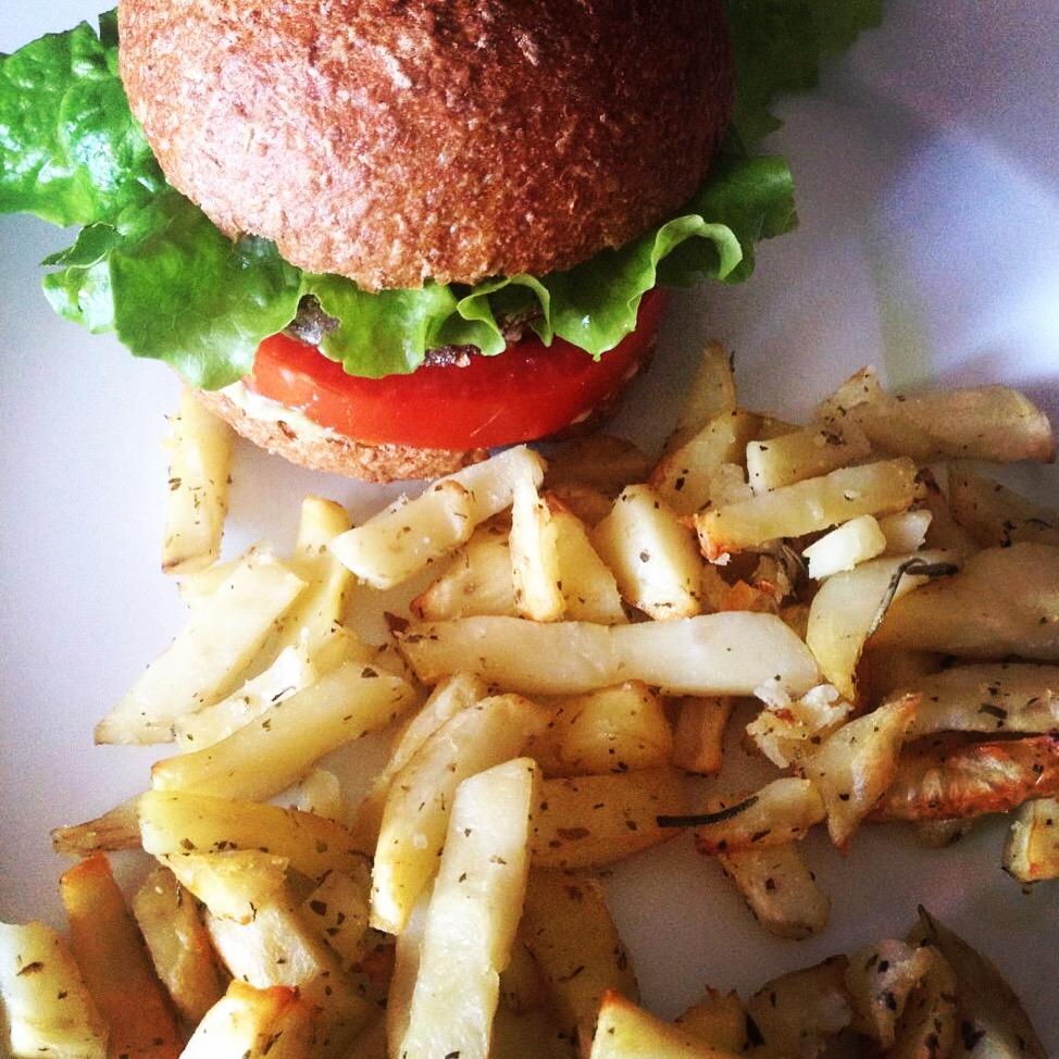 Burgers με «τηγανητές» πατάτες