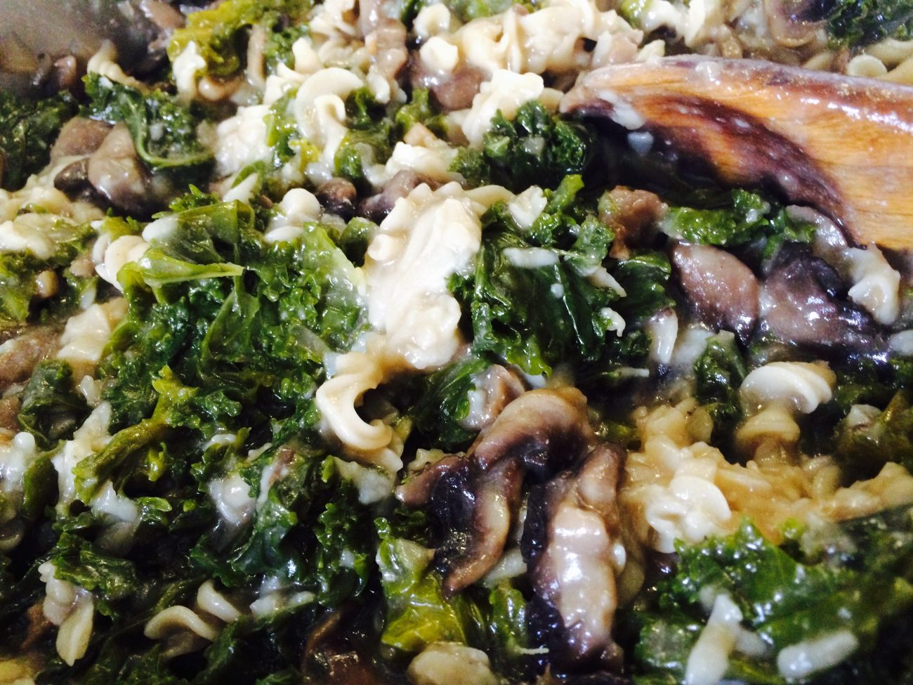 Καπνιστές… χυλοπίτες με μανιτάρια και kale!