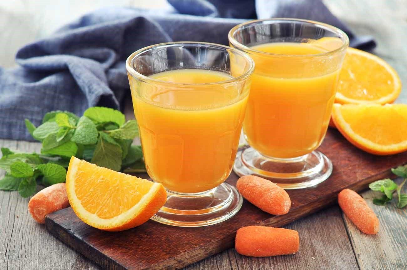 Χυμός με πορτοκάλι, καρότο και λάιμ