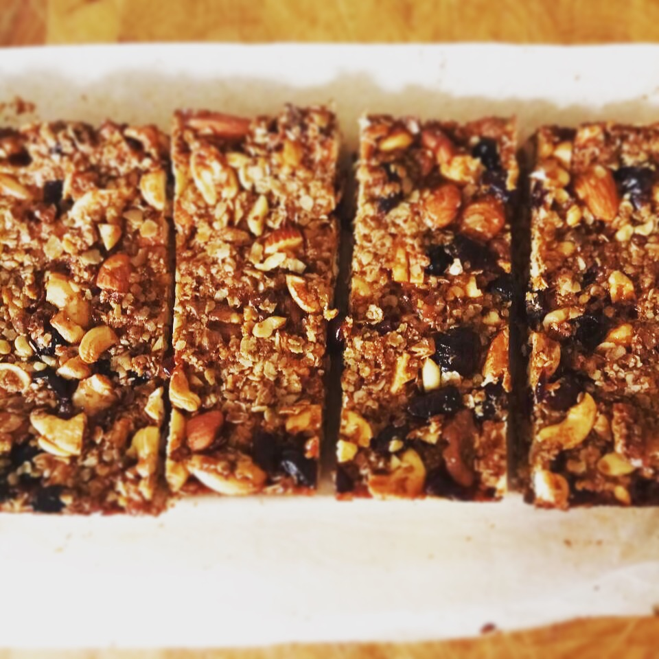 Μπάρες (ή γκρανόλα) βρώμης με cranberries
