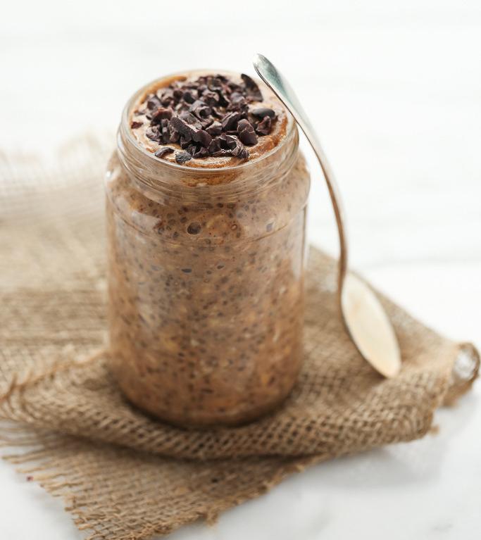 Σοκολατένιο porridge βρώμης χωρίς βράσιμο