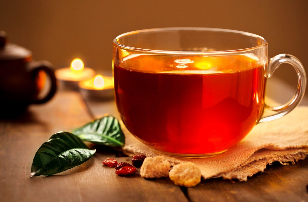 Τσάι με κουρκουμά και τζίντζερ