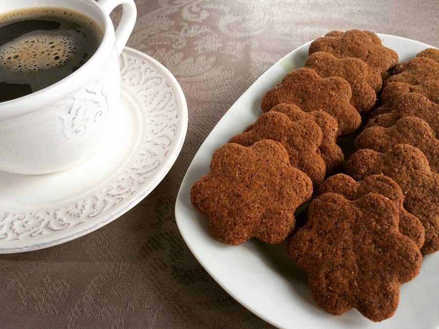 Mπισκότα κανέλας με αλεύρι ζέας