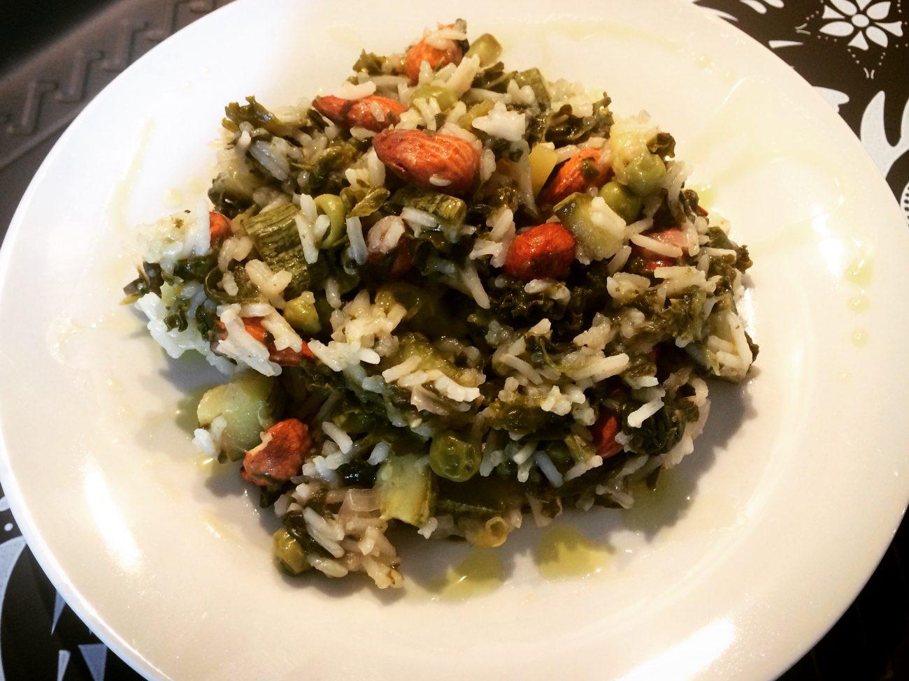 Ρύζι μπασμάτι με πράσινα λαχανικά και αμύγδαλα