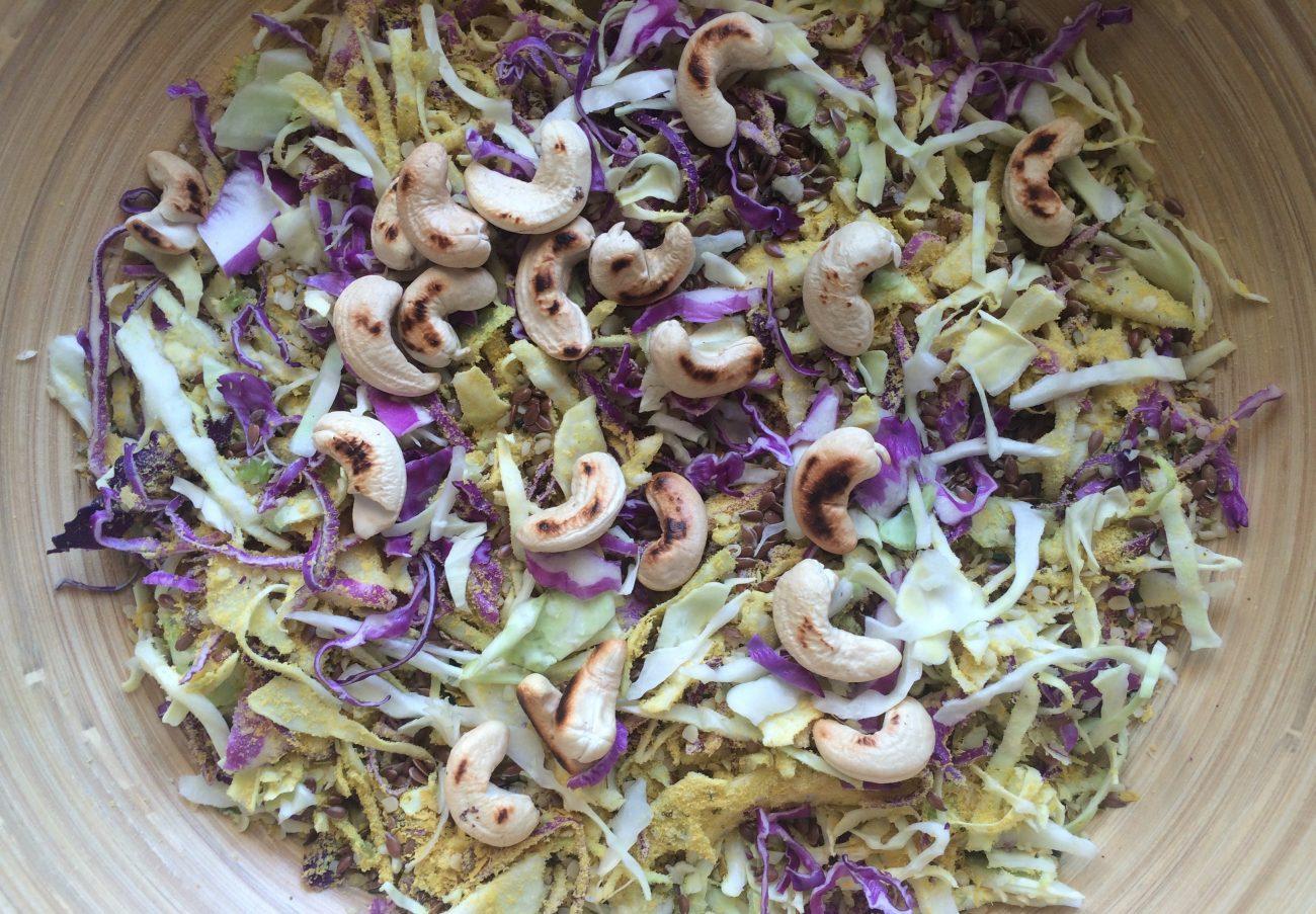 Σάλατα λάχανο με superfoods