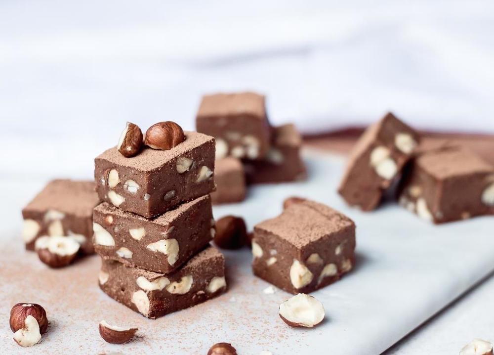 Σοκολατάκια μερέντας με φουντούκια