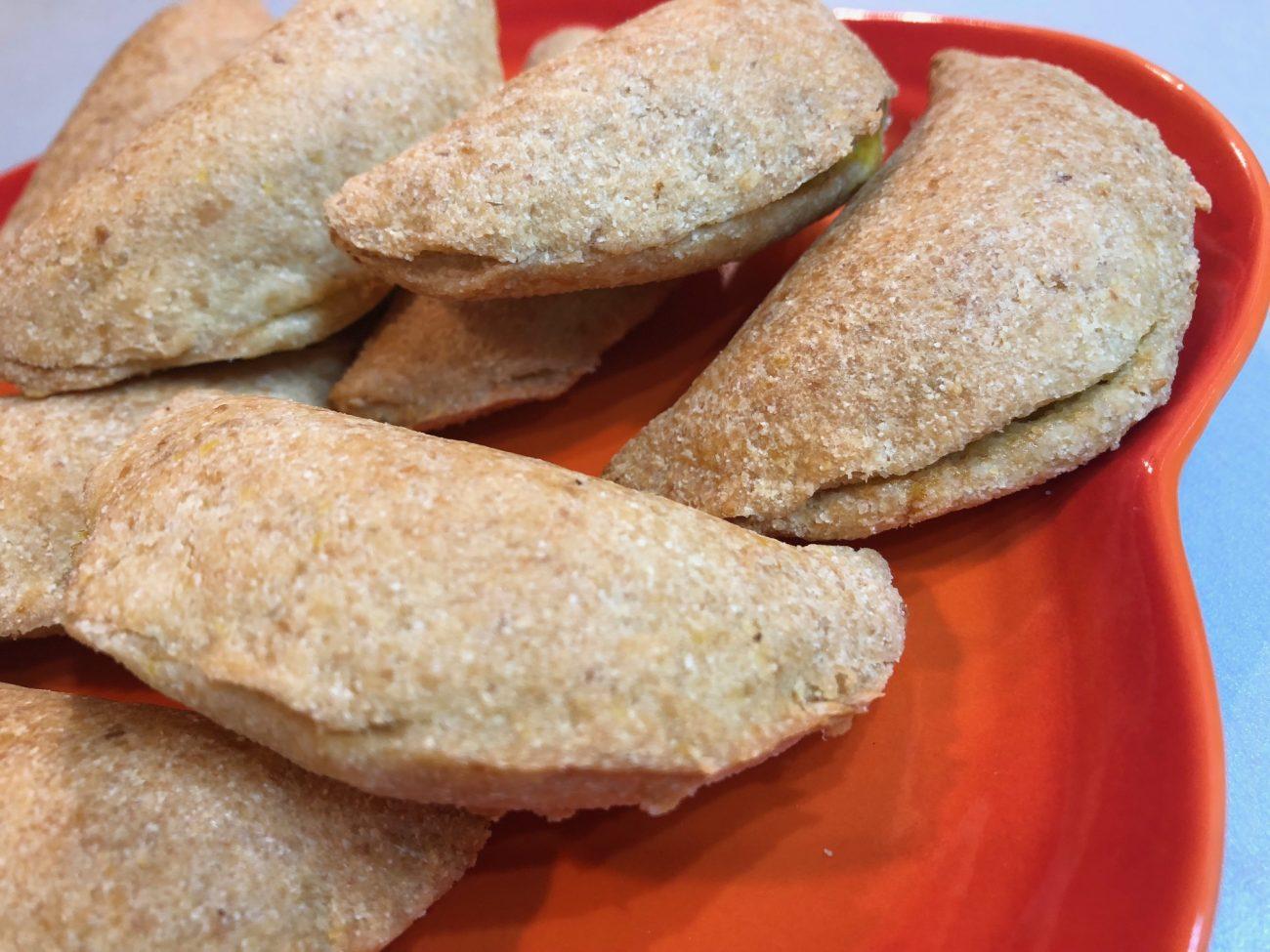 Τυροπιτάκια χωρίς αλεύρι/γλουτένη (low-carb & keto)