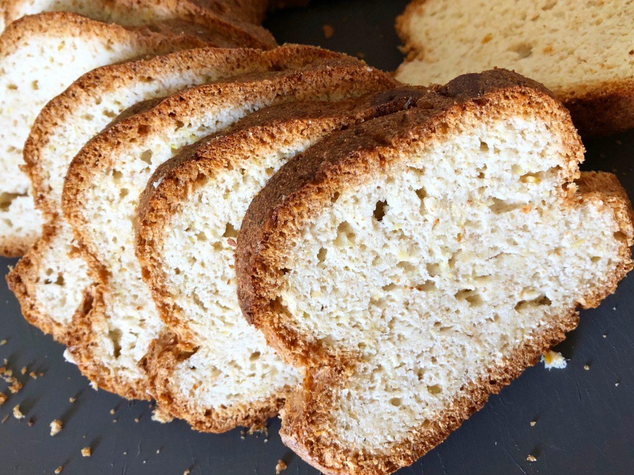 Ψωμί αμυγδάλου και τέλειες φρυγανιές (low-carb & keto)
