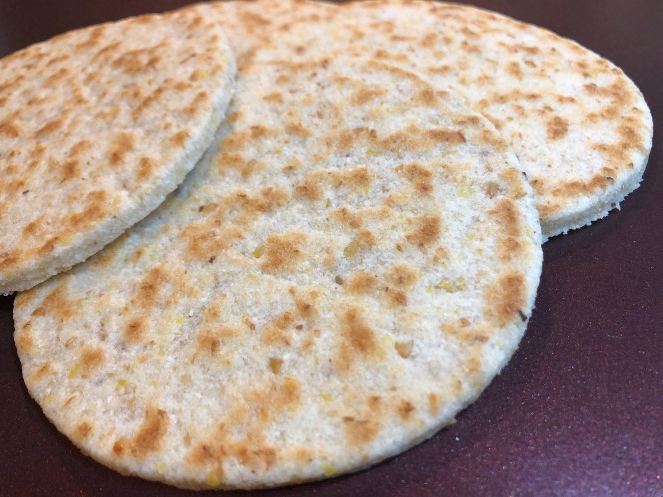 Πιτάκια αμυγδάλου (keto bread) ή πίτα για σάντουιτς χωρίς γλουτένη