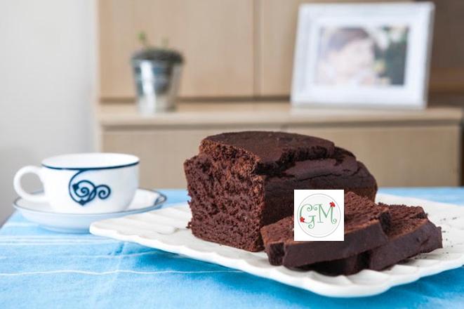 Γρήγορο κέικ σοκολάτας με αλεύρι ντίνκελ ολικής