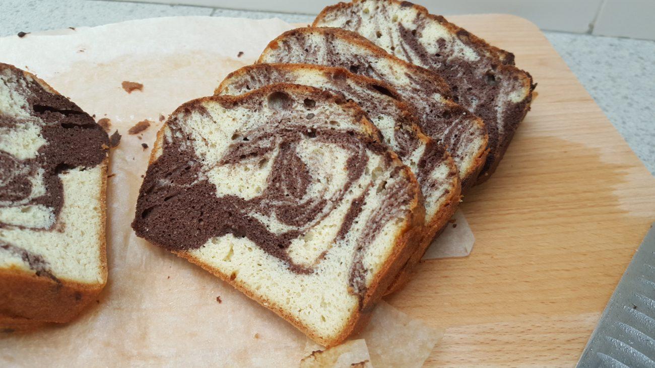 Κέικ βανίλια-σοκολάτα χωρίς γλουτένη (keto, low-carb)